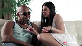White milf India Summer sucks obese black dick and gets her pussy stretched