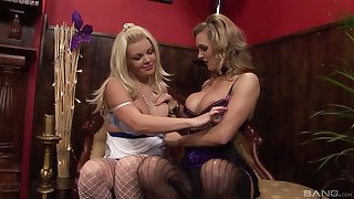 Blondes use same lover for spicy intimacy on cam